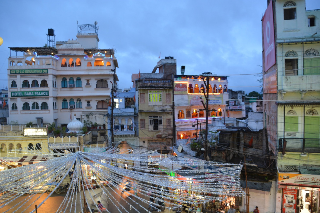 The old town center from the Jagdish temple at dusk
