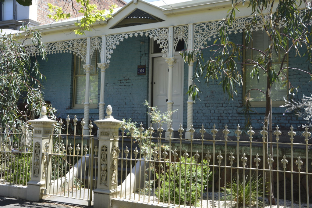 A single story victorian terrace